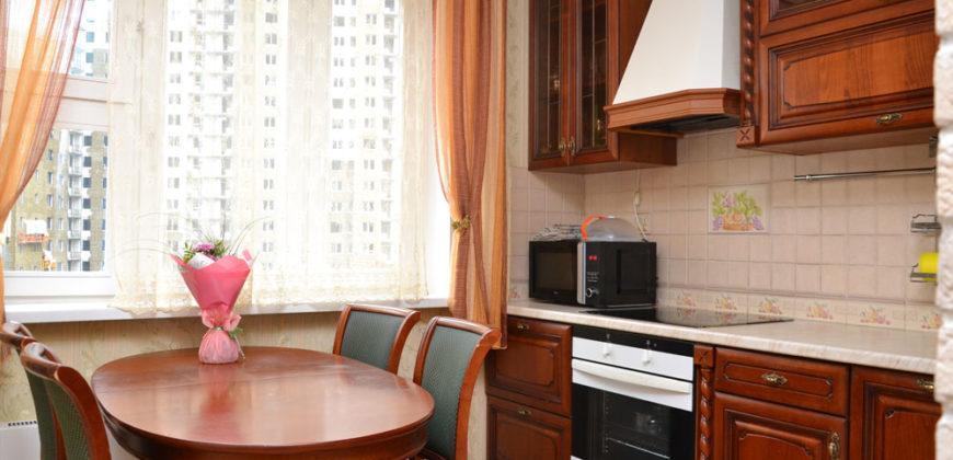 3-х комнатная квартира на ул. Новороссийской 25/3, метро Люблино, +7 964 556 12 77